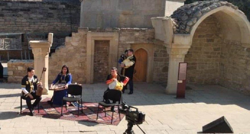 В Подземной бане XVII века в Баку прозвучит мугам