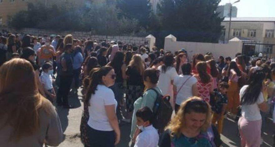 Управление образования отреагировало на сообщение о нарушении правил карантина в бакинской школе