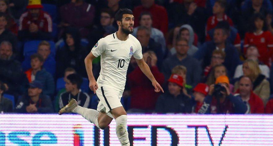 УЕФА наказал Махира Эмрели за грубость на поле