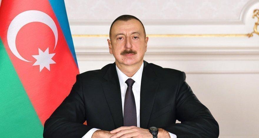 Ильхам Алиев: Если международное сообщество не сможет остановить безумного диктатора, Азербайджан остановит их