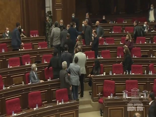 armenian parliament 161120 4