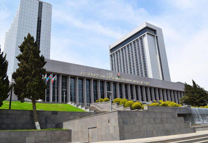 От имени Милли Меджлиса направлено поздравление Президенту Ильхаму Алиеву и Первой леди Мехрибан Алиевой