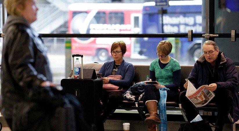 amerikanecz mesyaczami spasalsya ot covid 19 v aeroportu